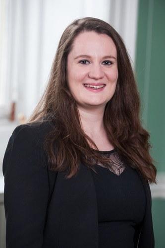 Dr Leslie-Anne  Duvic-Paoli