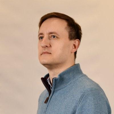 Dr Sergey  Kolesnikov