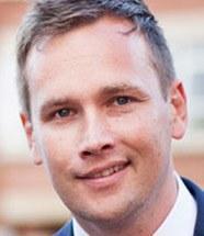 Dr Shaun  Larcom