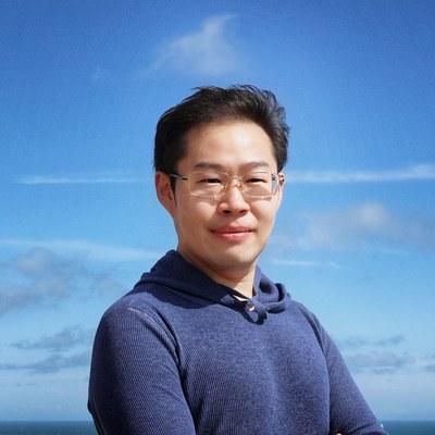 Dr Tong  Xu