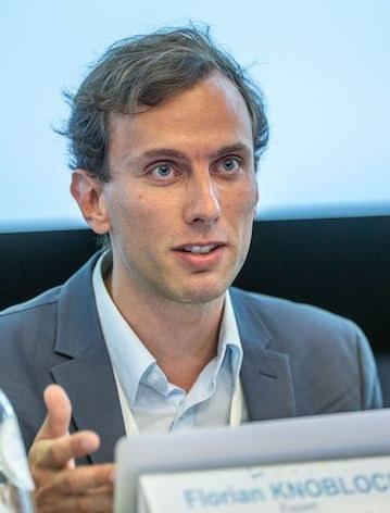 Dr Florian  Knobloch